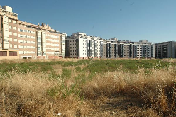 Terreno sin edificar en Valdebebas (Madrid)