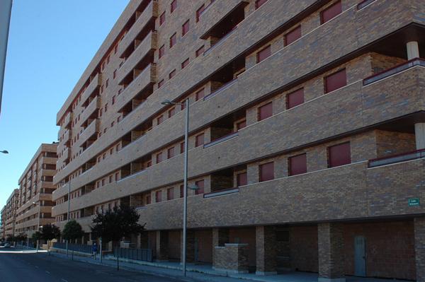 Edificios de la urbanización Residencial Francisco Hernando en Seseña