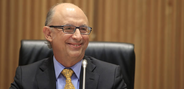 Cristóbal Montoro, ministro de Hacienda y Administraciones Públicas, vía www.zoomnews.es